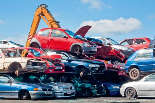 5 Reasons to Sell Your Car to the Recycler